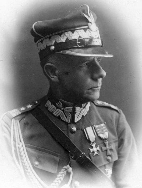 Gen_Franciszek_Krajowski_1861-1932